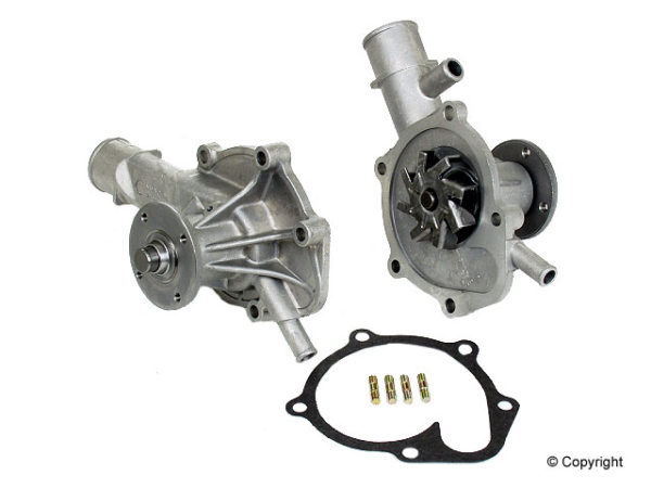 Water Pump Toyota Corolla 76-82 2KC 3KC SR5 DLX New-0