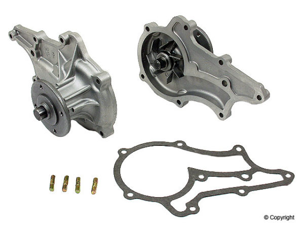 Water Pump for Toyota Pickup Truck Corona Celica 20R New-0