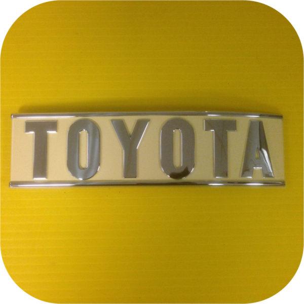 Rear Toyota Emblem for Toyota Land Cruiser FJ40 1/79 - 83-0