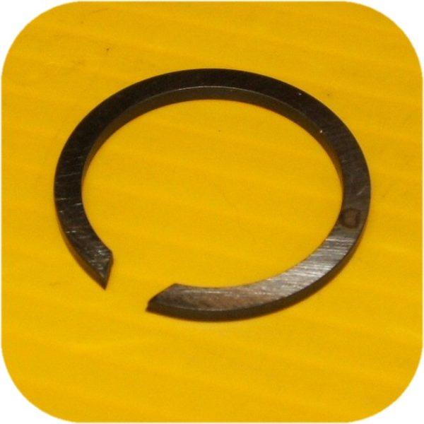 Front Outer Snap Ring at Hub-0