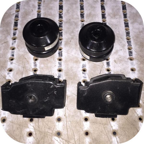 Motor Mount Kit for Toyota Land Cruiser FJ40 FJ45 2F Engine Tranny-21570