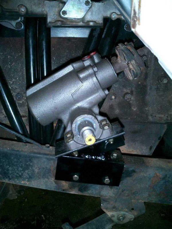 Mini Truck Gearbox Power Steering Bracket for Toyota Land Cruiser FJ40 FJ45-1666